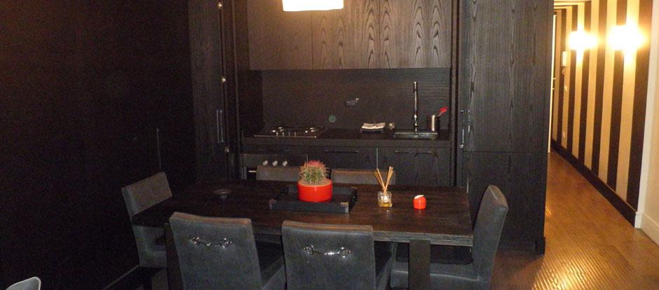 Zona b - Cucina con tavolo a scomparsa ...
